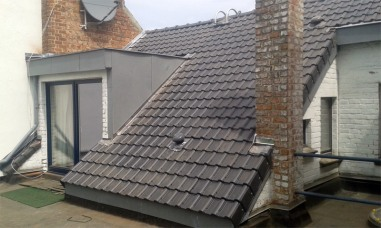 Une toiture en tuile
