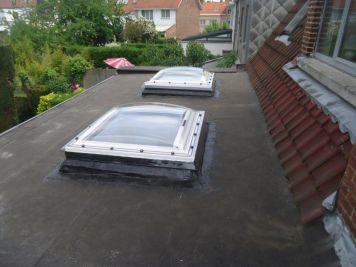 Des fenêtres de toit plat